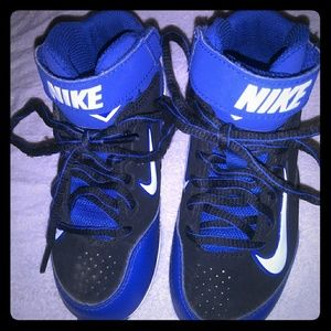 Nike youth Cleats size 11C, very nice never worn